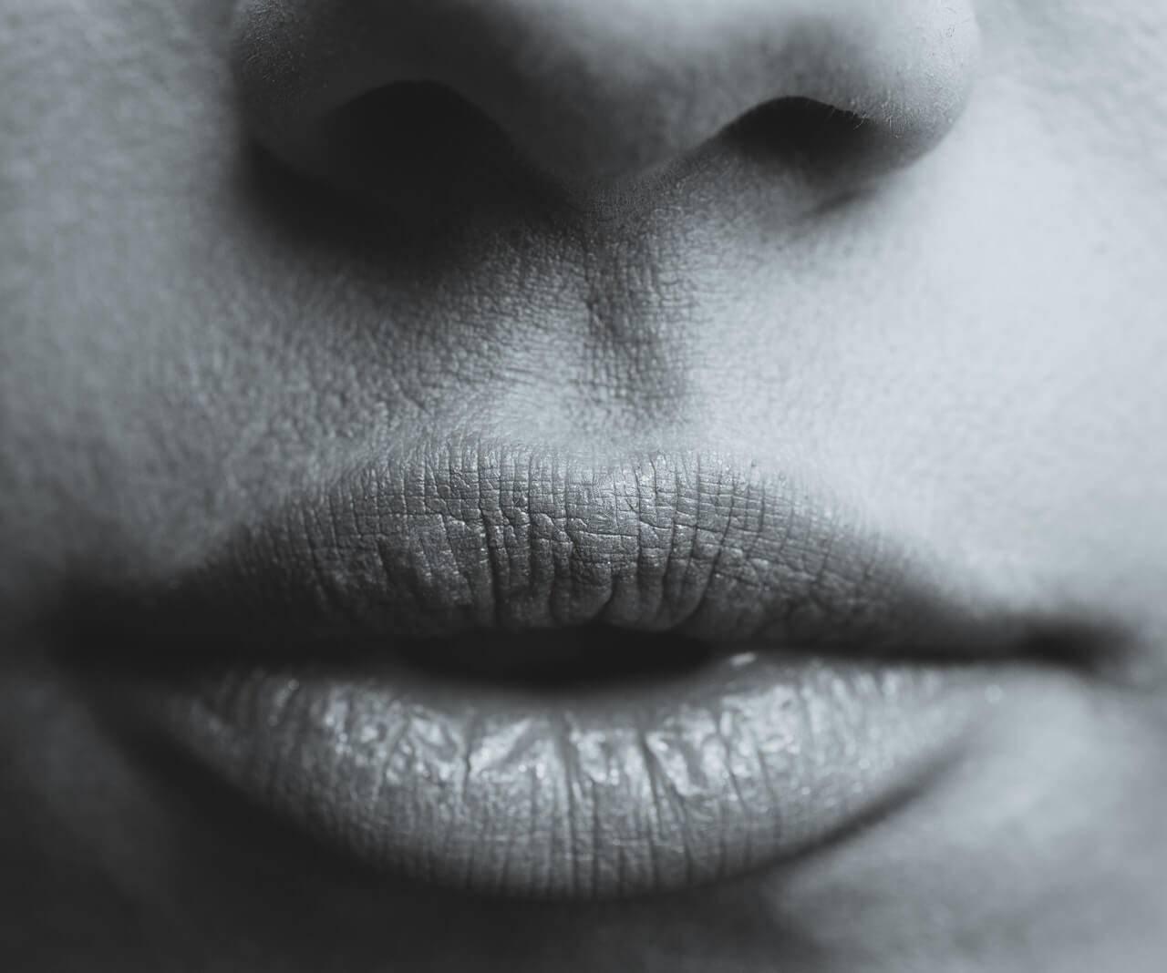 Está com a boca seca? Conheça 3 formas de evitar