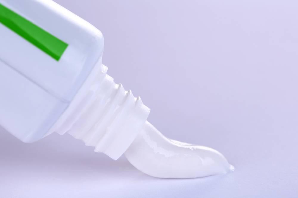 Pasta de dente com flúor: quando ela deve ser usada?