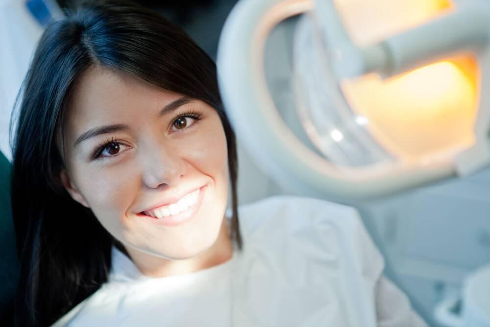 Como melhorar a autoestima do paciente no consultório odontológico?