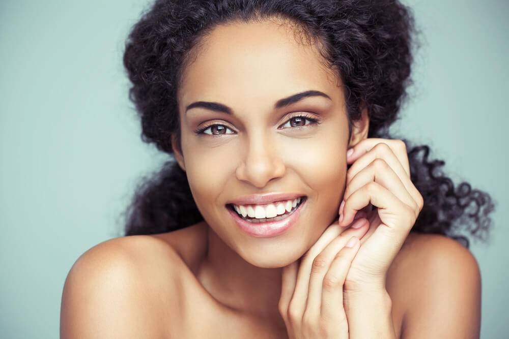 Plástica dental: entenda o que é e quando é preciso recorrer a ela
