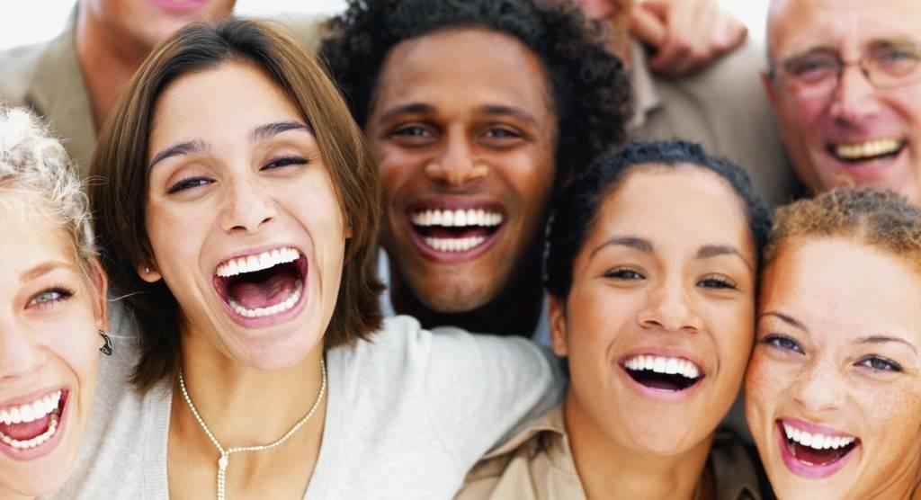 Como alinhar os dentes sem prejudicar a aparência?