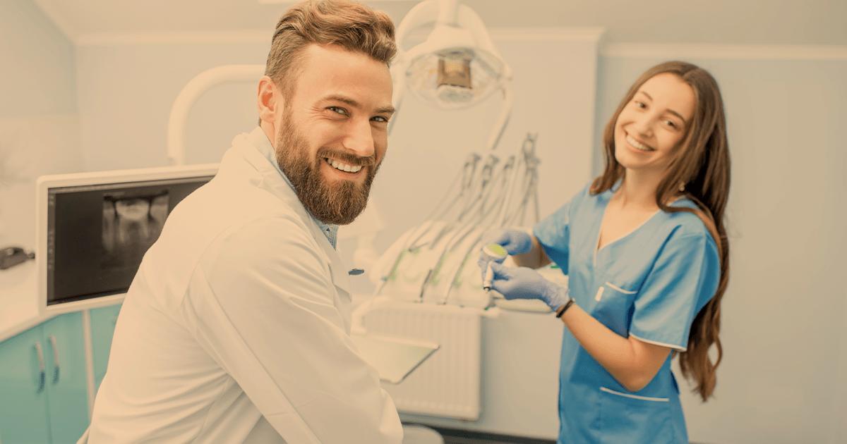 Montar clínica odontológica sozinho ou com outros profissionais?